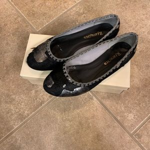 Ladies black & silver ballet flats